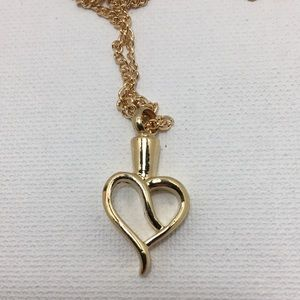 Jewelry - Entangled Heart Urn Necklace for Ashes